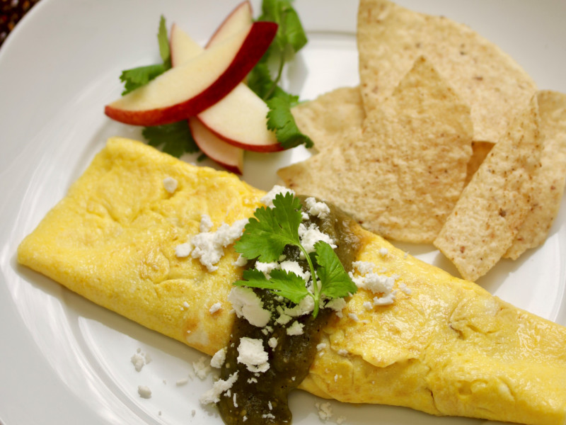 Autumn Fruit & Cheese Omelet