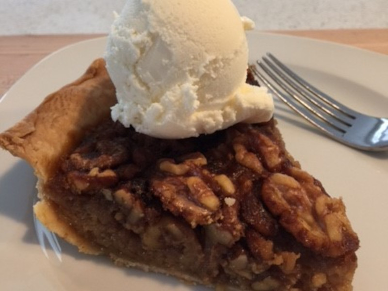 Maple Apple-Nut Pie